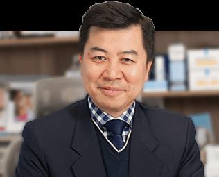Dr Bryan Pang
